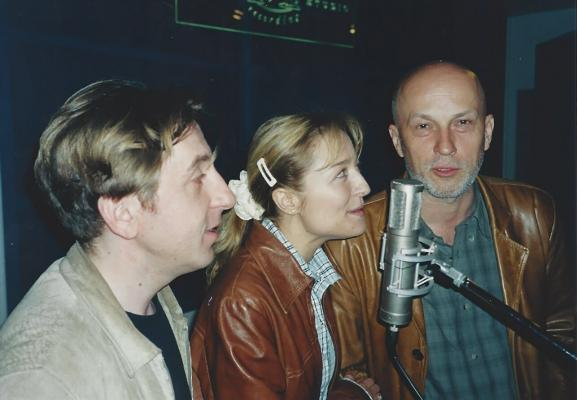 <p>Gregor Bakovič, Nataša Barbara Gračner and Vlado Kreslin recording the music for theatre performance Woyzeck.<br>Foto: arhiv V. K.</p>