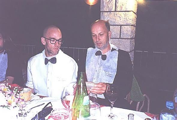 <p>Michael Stipe and Vlado Kreslin before the concert in Koper, 1999.<br>Foto: arhiv V. K.</p>