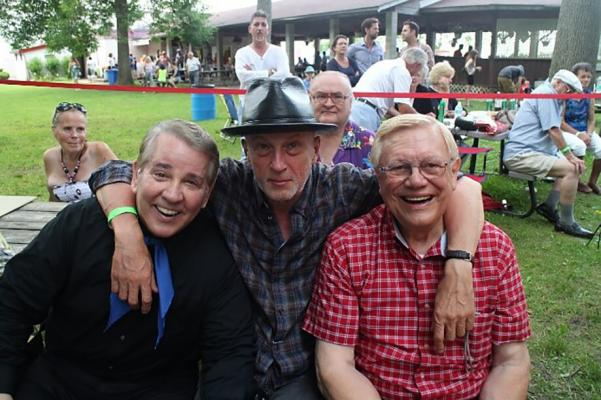 <p>Toronto: Joey Miskulin and Walter Ostanek are legendary accordeon players.  Joey has been playing with  Frankie Yankovic, John Denver, Paul McCartney, U2, Emmylou Harris, etc.  Walter Ostanek has got three Grammys. <br>Foto: arhiv V. K.</p>