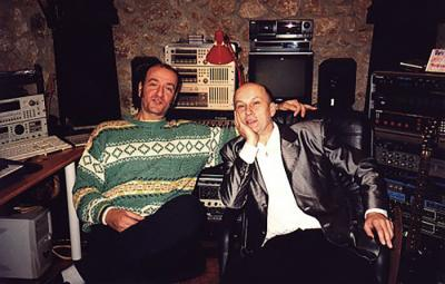 <p>With Vlatko Stefanovski at his home studio, Skopje, December 1999</p>