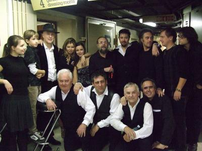 <p>Vlado and his son Naj, with all performers, Cankarjev dom, 2008<br>photo: Miro Majcen</p>